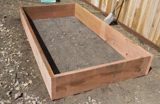 Une mini serre de jardin à faire soi-même - Les bonnes idées ...