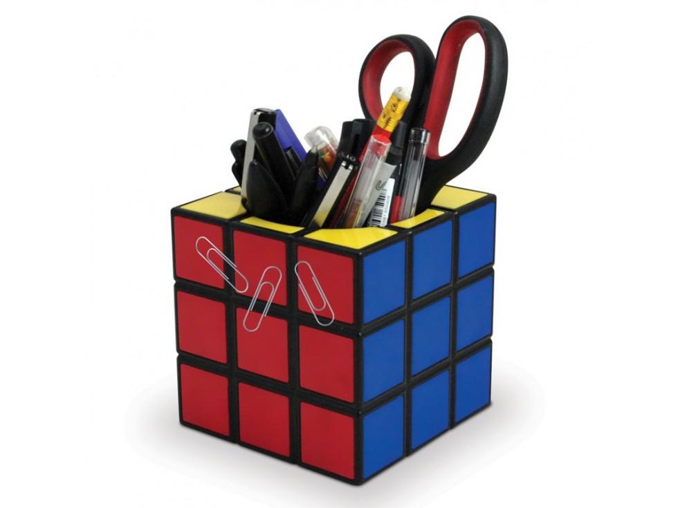 pot-a-crayons-rubik-cube