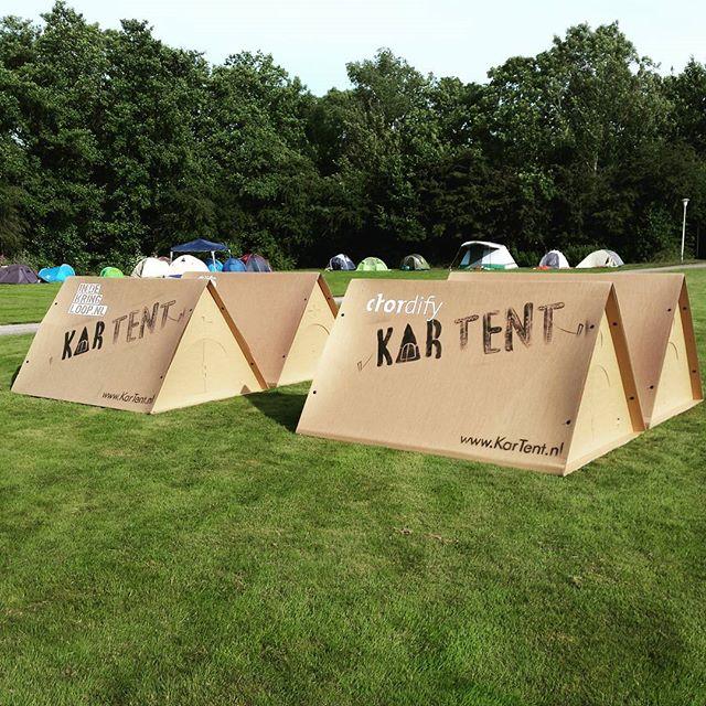Tente compostable en carton